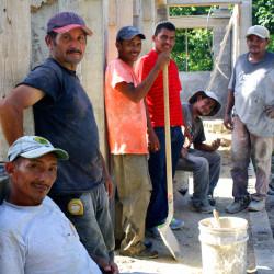 Honduran Men organizations helping children