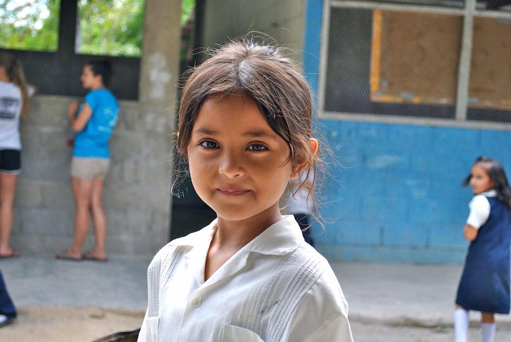 Honduras girl student volunteer trips
