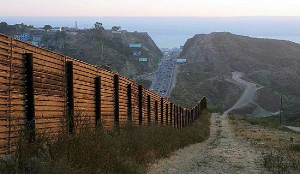 US-Mexico_Border